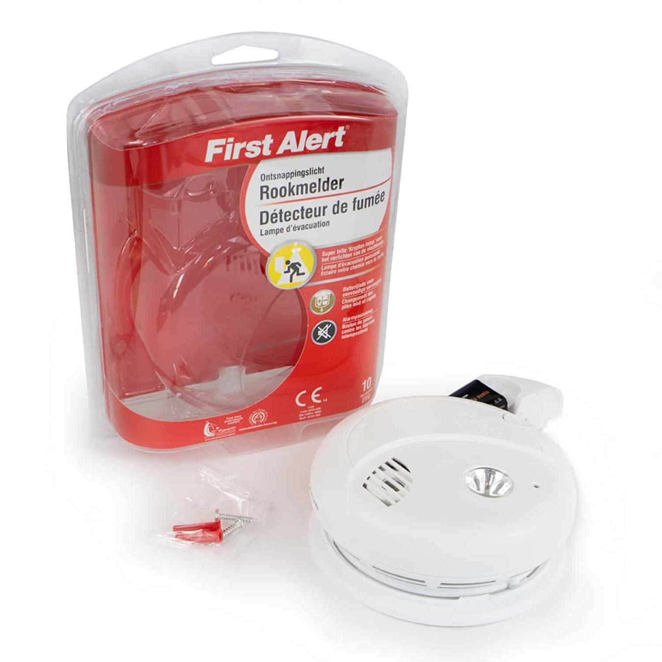 Koop First Alert SA720CE Rookmelder + noodlicht
